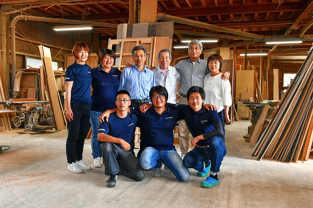 プロに囲まれて仕事できる オーダー家具 オーダー建具 有限会社井上製作所
